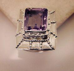 #fancy #lyrics #nopantsarethebestpants #fashiongram #좋아 #bridesmaidgift #Jewellry #ring #silver #gemstone #amethyst #handmade #gems #jewelry #riyo #nationalboyfriendday #scary #jaipur