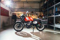 Moto Guzzi Garage – Eicma 2014 http://caferacercult.gr/news/moto-guzzi-garage-eicma-2014.html #EICMA #motoguzzi