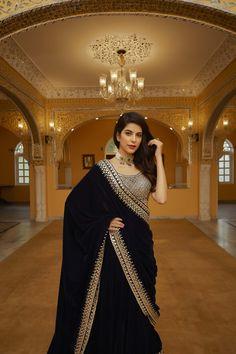 Sari Design, Sari Blouse Designs, Dress Neck Designs, Saree Gown, Lehnga Dress, Bridal Lehenga Choli, Pakistani Fashion Party Wear, Pakistani Dress Design, Indian Fashion