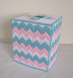 Lona plástica Boutique tejido caja por NeedlecraftsPlus en Etsy