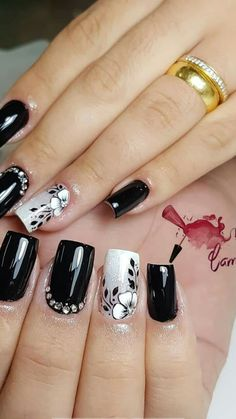 5 Gorgeous Gel Nail Designs With Flowers for 2019 : Check them out! Are you looking for a lovely Gel Nail Designs with Flowers for your long claws? You should take a look at the collection where we have got some unavoidable Gel Nail Designs With Flowers. Rose Nails, Flower Nails, Stylish Nails, Trendy Nails, Gel Designs, Nail Art Designs, Check Designs, Hair And Nails, My Nails