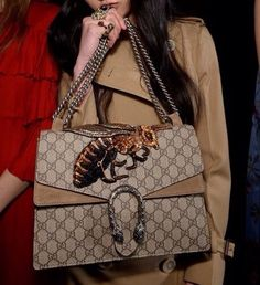 So lucky to find a online Gucci outlet As lowest price, See more about gucci  bags and fashion styles. 06198cc89bd