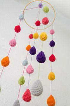 Colorful Crochet Rain Drops Mobile Baby by OneandTwoOriginals Lampe Crochet, Mobiles En Crochet, Crochet Garland, Crochet Mobile, Crochet Decoration, Crochet Baby Toys, Crochet Home, Crochet For Kids, Crochet Crafts