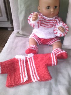 Ensemble poupon 35/40 cm - Vinted Couture, Onesies, Dolls, Baby, Kids, Clothes, Fashion, Sun Dresses, Barbie Knitting Patterns