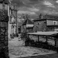 Cité médiévale de Philipounien est la Photo du Jour! - https://fotoloco.fr/photo-detail/?id=135374 -  fotoloco.fr: Cours Photo gratuits et Concours Photos.  Une communaute de 27,000 passionnes!
