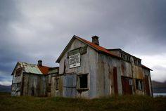 Islandia abandonada -  #GardarSvavarsson #islandia #Islas #IslasFeroe