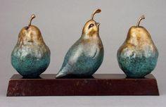 *** TALLER DE PAPEL *** Paper Mache Clay, Paper Mache Sculpture, Bird Sculpture, Paper Clay, Clay Art, Paper Art, Ceramic Birds, Ceramic Art, Pottery Animals