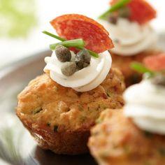 Pienet pepperonikuppikakut Mashed Potatoes, Healthy Recipes, Healthy Food, Cupcakes, Snacks, Baking, Breakfast, Ethnic Recipes, Health Recipes