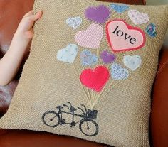Tutorial: Bicycle basket of love Valentine's pillow · Sewing   CraftGossip.com