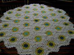 HEXIGAN Crochet Blanket and Shawl  Cuddle BY nannycheryl original) ID 635 (D) £35.00