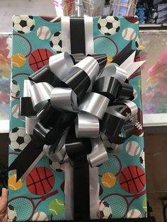 Wrapping Ideas, Gift Wrapping, Candy Bouquet, Bouquets, Wraps, Ribbon, Packaging, Birthday, Beautiful