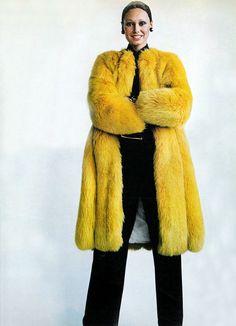 Vogue September 1971, fur coat