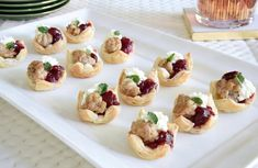 Turkey, Cranberry and Goat Cheese Party Bites Appetizer Dips, Appetizer Recipes, Cheese Cupcake, Valeur Nutritive, Cheese Party, Calories, Goat Cheese, Mini Cupcakes, Baked Potato