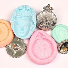 Make Your Own Reusable Casting Molds with this Putty Recipe