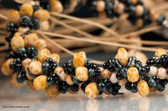 by Ivona Šuchmannová Beaded Necklace, Necklaces, Jewelry Patterns, Beading, Jewelry Making, Fruit, Food, Beaded Collar, Beads