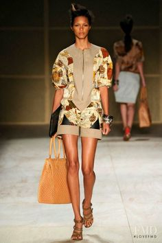 Photo feat. Lais Ribeiro - Herchcovitch - Spring/Summer 2013 Ready-to-Wear - rio de janeiro - Fashion Show | Brands | The FMD #lovefmd
