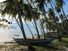 A list of the ten best places to enjoy the natural beauty of Siquijor, Philippines.