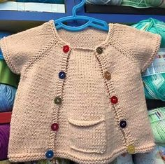 Different And Stylish Baby Vest Models – Knitting And We Knit Baby Dress, Knitted Baby Cardigan, Baby Pullover, Kids Knitting Patterns, Stylish Baby, Baby Sweaters, Handmade Clothes, Knitwear, Kids Outfits