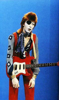 David Bowie at Hilversum Studios, Holland 1974. Photo by Laurens Van Houten