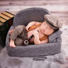 Baby Boy Photography, Cute Photography, Newborn Photography Props, Newborn Photos, Baby Boy Pictures, Boy Photos, Newborn Outfits, Boy Outfits, Boy Photo Shoot