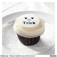 Halloween - Treat or trick Edible Frosting Rounds