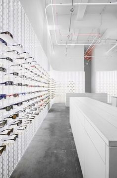 281 Best Optical Schop Design Interiors images in 2019   Glasses ... 28ade4f3ee08