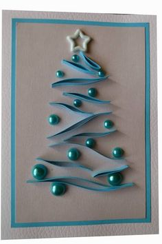 Alberi di natale Christmas trees Mini Quilling Paper Evergreen TreesGrass track between trees and bordersQuilling Christmas Cards ideas and designs. Quilling Christmas, Diy Christmas Cards, Homemade Christmas, Christmas Art, Christmas Projects, Christmas Decorations, Christmas Ornaments, Simple Christmas, Christmas Lights