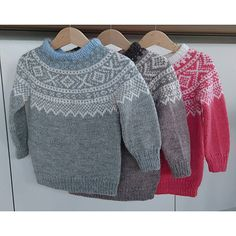 Ravelry: Rootelia's Marius med rundfelling Knitting For Kids, Baby Knitting Patterns, Fair Isles, Norway, Ravelry, Crocheting, Knit Crochet, Men Sweater, Projects