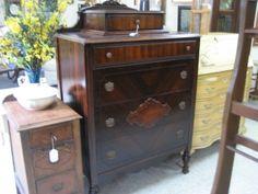 Vintage 5 drawer dresser $189