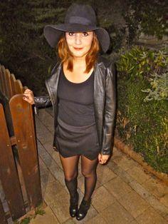 All black everything - www.lauracassani.com