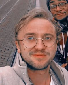 Draco And Hermione, Harry Potter Draco Malfoy, Harry Potter Cast, Tom Felton, Mon Tom, Thomas Andrews, Harry Potter Pictures, Dream Boy, Daniel Radcliffe