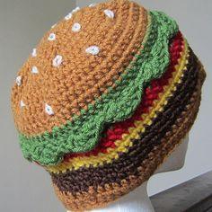 The Cheeseburger Hat Handarbeiten ☼ Crafts ☼ Labores ✿❀. Crochet Food, Cute Crochet, Crochet For Kids, Crochet Crafts, Yarn Crafts, Crochet Projects, Crochet Yarn, Crochet Beanie, Knitted Hats