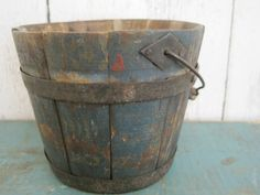 19thC child's blue painted little bucket.
