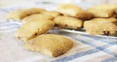 Inzupposi biscotti con carote, uvetta e cannella: ideali da intingere in una calda tisana per far sprigionare tutto il loro sapore... sono da provare!