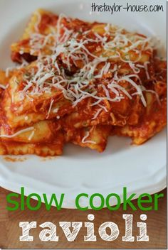 Easy Weeknight Meal:  Slow Cooker Ravioli Recipe
