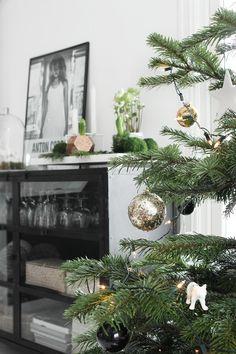 Vánoční výzdoba - stromeček, dárky - Nina Holst Stylizimo