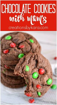 M&M Chocolate Cookies - a thick and fudgy chocolate cookie loaded with yummy ingredients. #M&Mchocolatecookies #M&Mchocolatechristmascookies #chocolateM&Mcookies - from Creations by Kara Chocolate Christmas Cookies, Christmas Candy, Chocolate Chip Cookies, Sugar Cookies, Candy Recipes, Holiday Recipes, Cookie Recipes, Dessert Recipes, M & M Chocolate