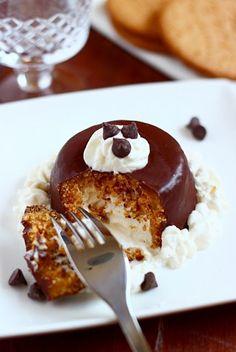 Petits dômes de ricotta sucrée en coque de biscuits et chocolat croquant -  Cupolette ricotta e fondente