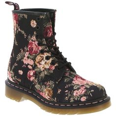 dont usually wear these but the flowers make a diff -i.likes