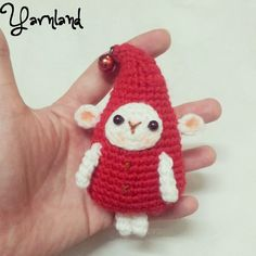 free pattern :  Little Elf the Santa's helper by Yarnland aka Carmen Pay