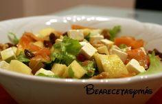 Ensalada de Salmón, Manzana y Frutos Secos con Vinagreta de Mostaza | Recetas de cocina fáciles y sencillas | Bea, recetas y más
