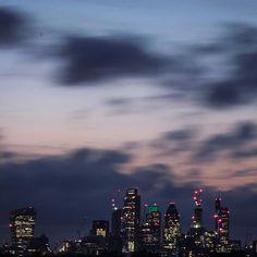London : Cloudy Twilight  . . . . #neilvslondon #LondonDecanted #loves_london_ #LondonDisclosure #London_Enthusiast #mydarlinglondon #igerslondon #shutup_london #thisislondon #timeoutlondon #toplondonphoto #visitlondon #wundrouslondon #london4all #thelondonlifeinc #LondonGuru #MySecretLondon #Metropolis_London #super_holland #huffpostgram #hq_uk #just_FEATURES #bestcitybreaks #travelanddestinations #ldn4all_NoConflict