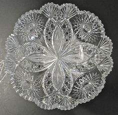 Hawkes American Brilliant Period Well Cut Glass Chrysanthemum Pattern Bowl for Sale Cut Glass, Clear Glass, Glass Art, Etched Glass, Antique Glass Bottles, Antique Glassware, Flint Glass, Antique Dishes, Crystal Glassware