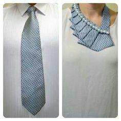 M collar reciclado de corbata.