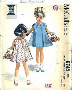 Vintage Toddler Girls Pattern McCalls by allthepreciousthings, Retro Mode, Mode Vintage, Vintage Outfits, Vintage Dresses, 1960s Dresses, Little Girl Dresses, Little Girls, Patron Vintage, Look Retro