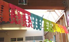 Papel picado kids craft. Liek paper snowflakes