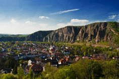 This is a 10 minute drive from my hometown. Been on top of that mountain many times. Bad Münster am Stein Ebernburg Army Base, Washington State, Austria, Castles, Places Ive Been, Trips, Traveling, Germany, Europe