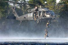 Pararescumen - SOAR MH-60K