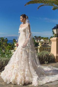 Courtesy of Oksana Mukha Wedding Dresses Luxury Wedding Dress, Pakistani Wedding Dresses, White Wedding Dresses, Wedding Dress Styles, Designer Wedding Dresses, Bridal Dresses, Wedding Gowns, Wedding Hijab, Indian Dresses