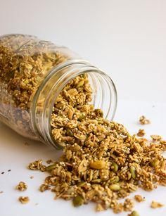 Quinoa Super Seed Granola | Handful of Raspberries